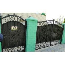 Ворота глухие, кованые из стали, распашные, чёрные, мод.№1